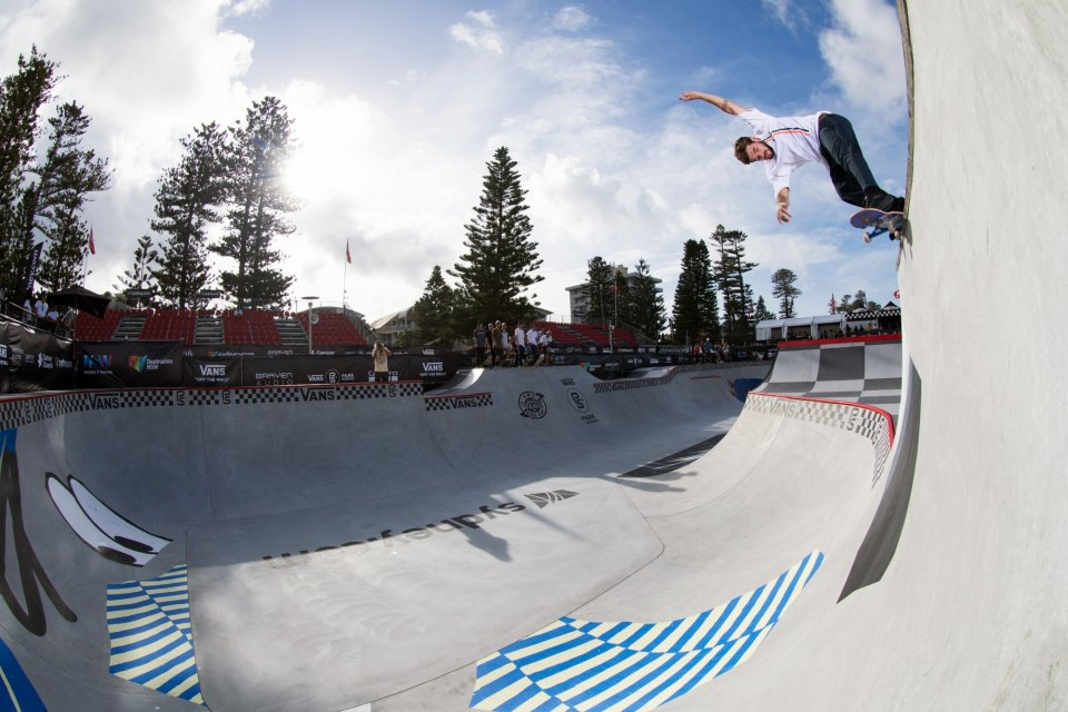 Pedro Barros - Low To High Backside Smith  Photo: Anthony Acosta</span>