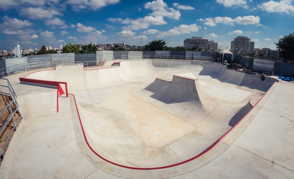 The brand new built skatepark, built to VPS specification will be free for the public to use after the event.