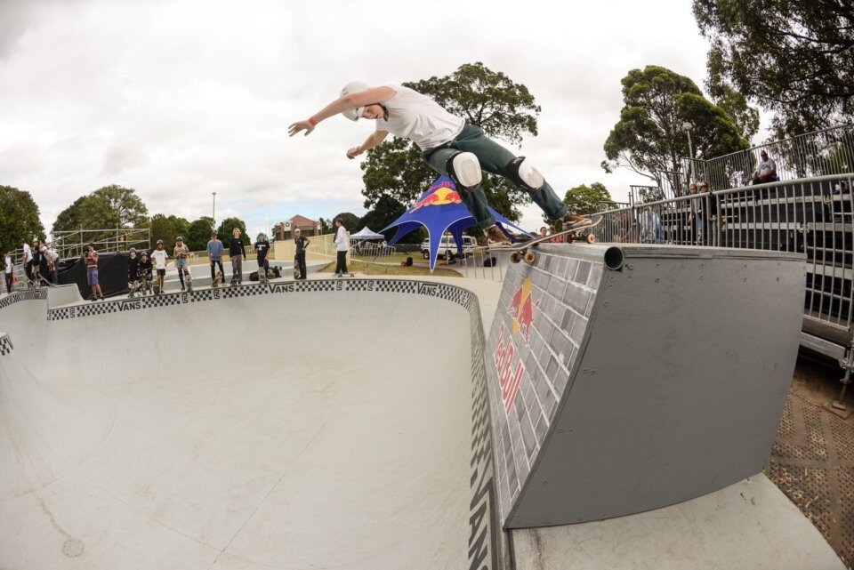 Frontside Air by defending women champion Poppy Starr Olsen  Photo: Andrew Mapstone</span>