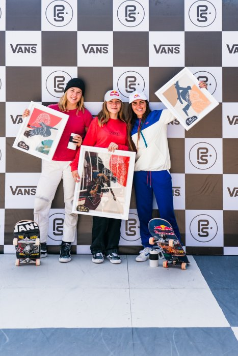 3rd Jordyn Barratt (USA), 1st Brighton Zeuner (USA), 2nd Yndiara Asp (BRA) Anthony Acosta